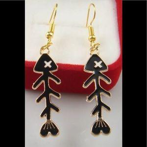 🌺5 for $25🌺 Fish Skeleton Earrings